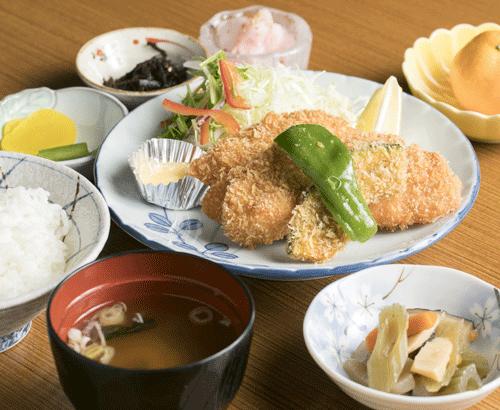 ニジマスフライ定食
